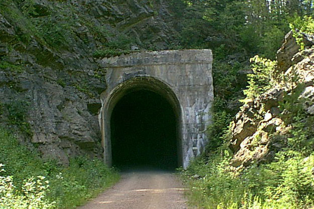 Tunnel 29
